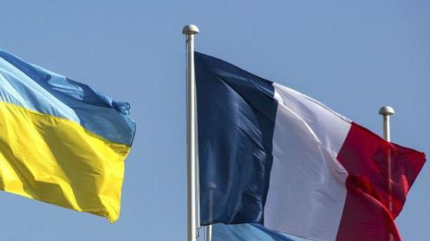 Франция никогда не признавала самопровозглашенную