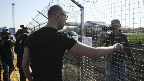 «Стена» награнице сРоссией достигла 400км