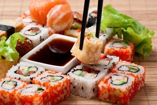 Массовое отравление суши вКиеве: количество пострадавших возросло