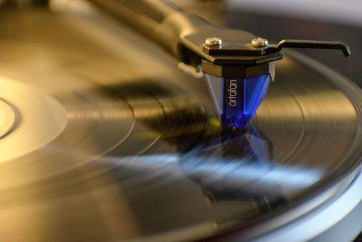 Sony начнет производить виниловые пластинки