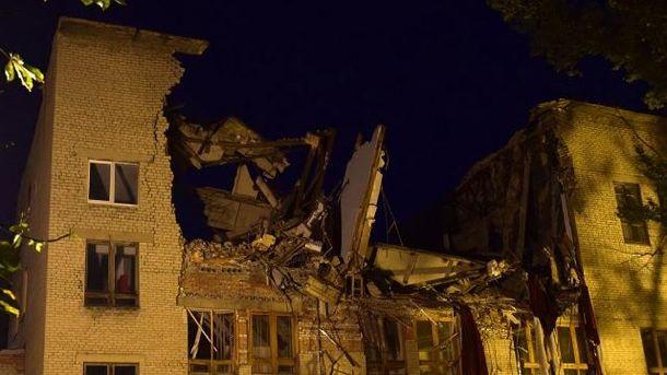 Разваленный университет в Донецке