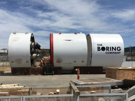 Компанія Маска прорила перший відрізок тунелю