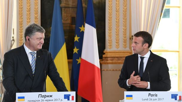 Французские медиа почти не освещали встреча Порошенко и Макрона