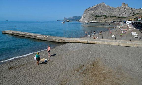 Пляж у Судаку