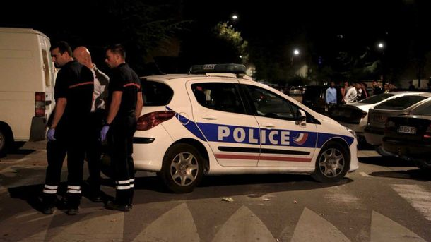 Полиция на месте стрельбы в Авиньоне