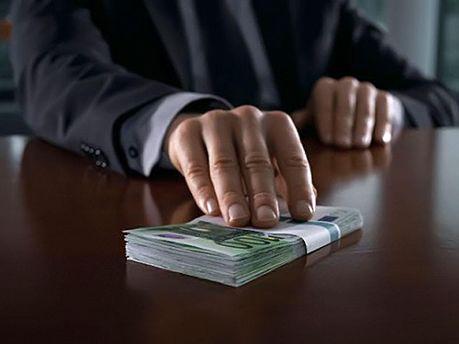 Генеральна прокуратура направила до судів 1200 справ за корупцію