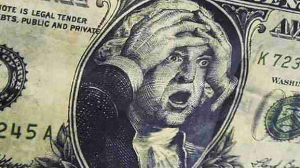 Долар в Україні істотно подорожчає