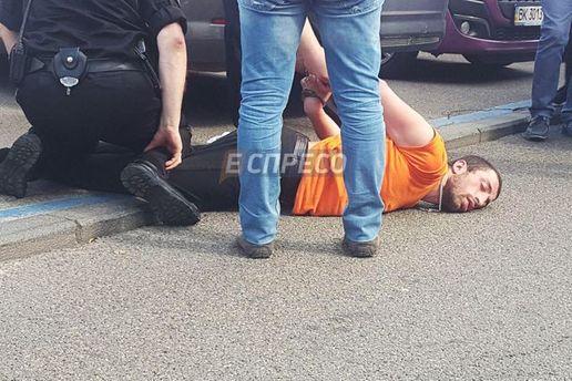 В Киеве полиция задержала чудаковатого дебошира