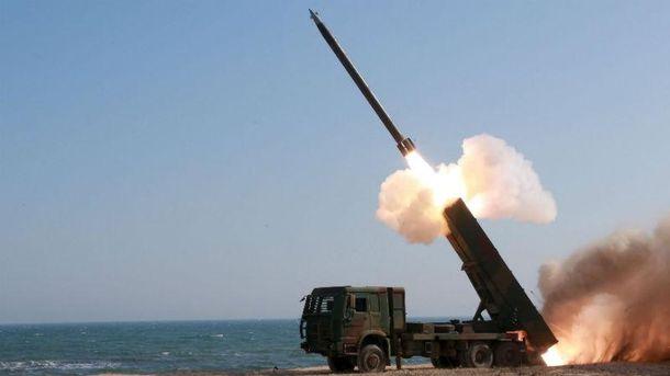Запуск баллистической ракеты (Иллюстративное фото)