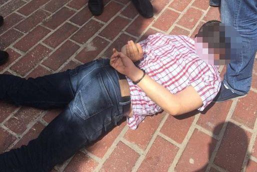 В Києві затримали підполковника поліції за отримання хабара