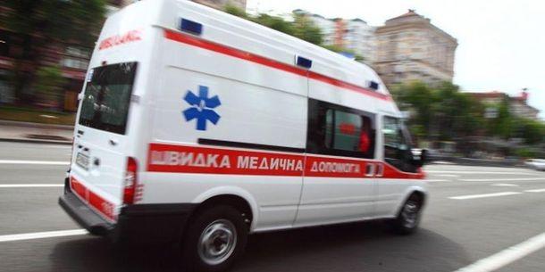 Водій мікроавтобуса загинув, а пасажирів госпіталізували