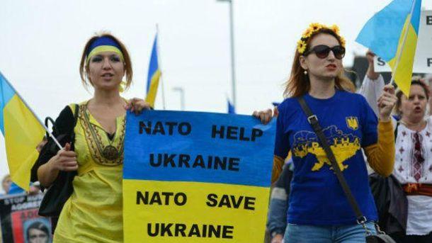 В Україні стали активніше підтримувати союз із НАТО