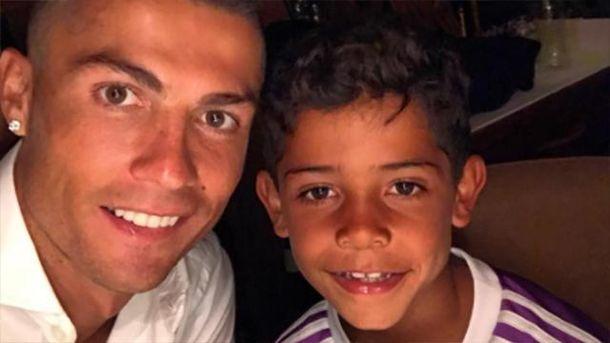 Кріштіану Роналду з сином