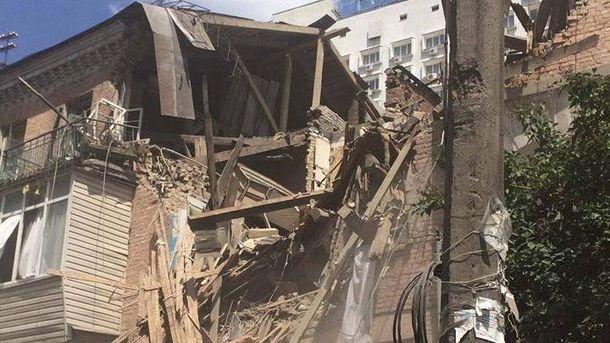 Мощный взрыв прогремел в Киеве: рухнул жилой дом