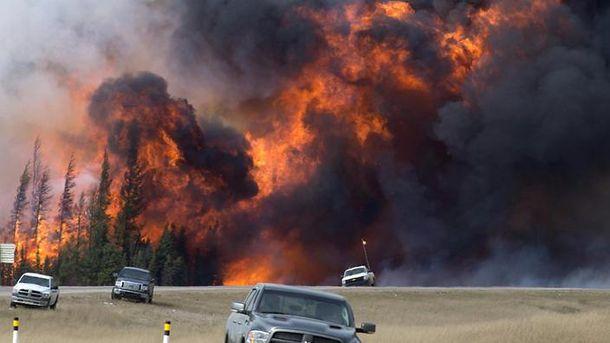 Вперше за14 років Канада оголосила надзвичайний стан через масштабні лісові пожежі