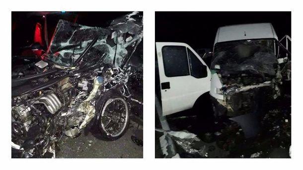В аварії постраждали 8 людей