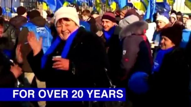 НАТО конфузом поздравил Украину