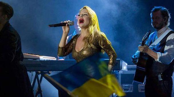 Тіна Кароль виконала гімн України у Литві