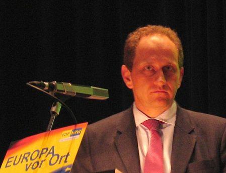 Замглавы Европарламента: Войны сРФ ради возвращения Крыма небудет