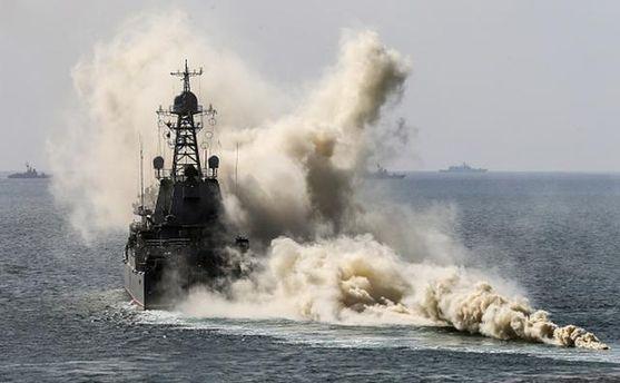 Росія підняла затривогою кораблі ванексованому Криму
