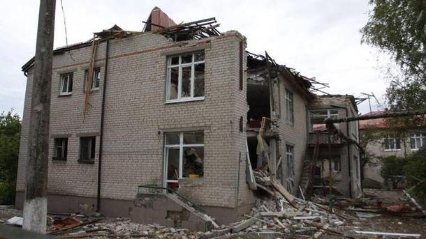 Несмотря на перемирие, террористы обстреляли Марьинку (иллюстрация)