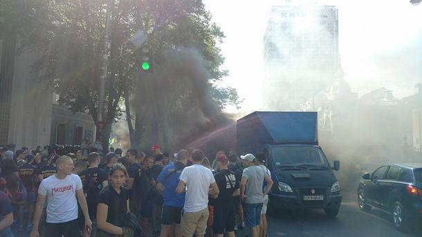 Протесты возле Рады