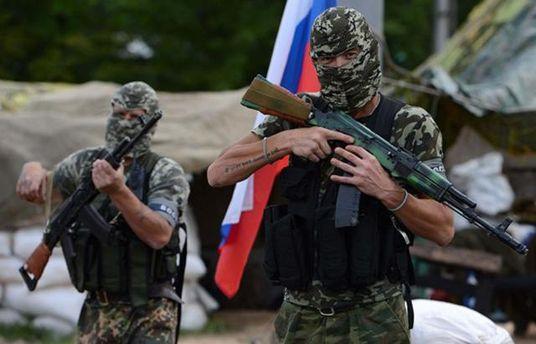 Российских военный из Донбасса командиры заставляют сдавать свои документы