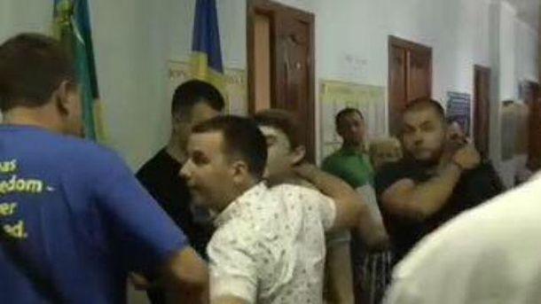 Під Києвом побили активіста