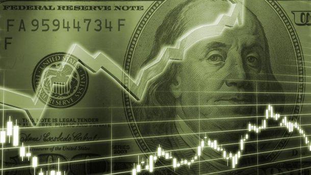 Курс валют на 18 липня: долар дешевшає, а євро