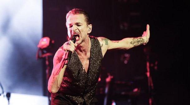 Вокаліст Depeche Mode Дейв Гаан у Мінську потрапив до лікарні