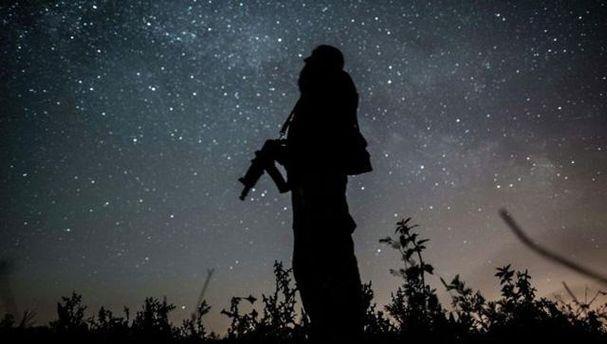 Как боевики палят по бойцам АТО