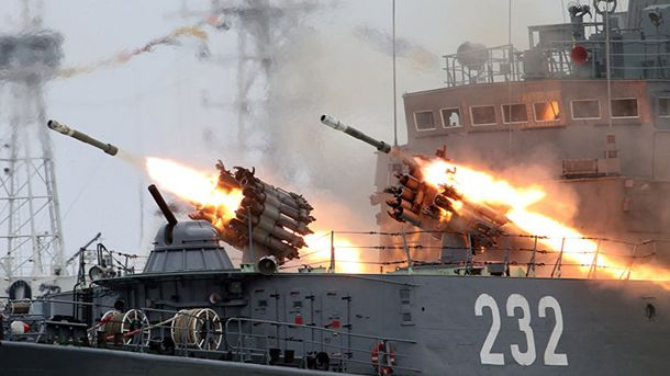 Россия проведет масштабные военные учения с Китаем