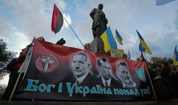 Историю лучше учить по документам, а не по телевизору: украинцы имеют право на национализм