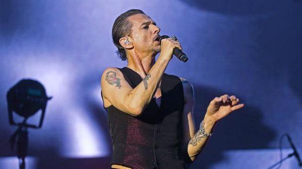 Лідер Depeche Mode Дейв Гаан був госпіталізований в лікарню Мінська