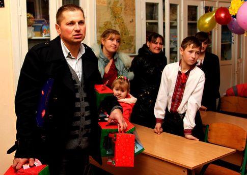 Юрій Смакоуз задекларував 12 квартир та 11 автомобілів.