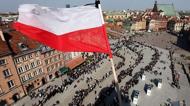 Українцям у Польщі платять удвічі більше після запровадження безвізу