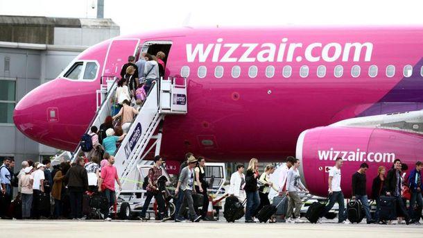 Wizz Air скасовує плату за ручну поклажу
