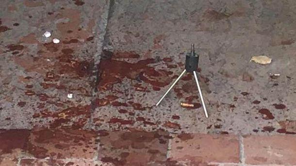 Фото з місця стрілянини в Києві