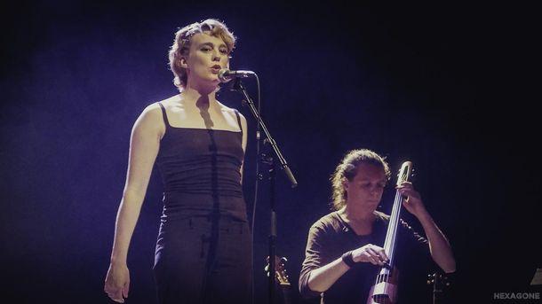 Французская певица Барбара Велденс умерла прямо во время своего концерта