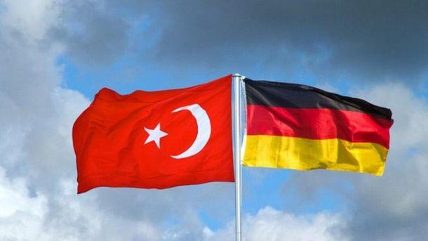 Стосунки Німеччини з Туреччиною продовжують погіршуватися