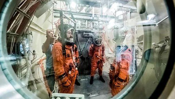 Випробування нових скафандрів для  подорожей на Марс
