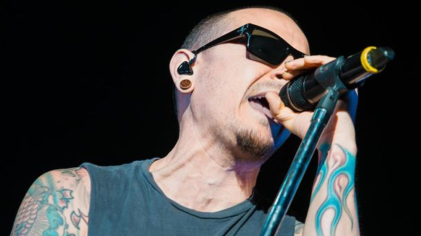 Умер Честер Беннингтон: вокалист Linkin Park повесился 20 июля