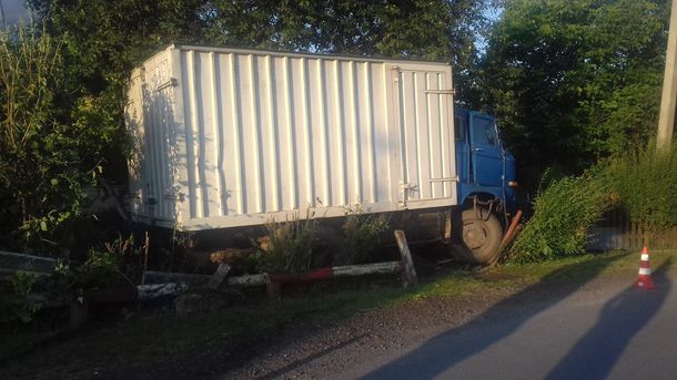 Водитель грузовика все же не сумел убежать