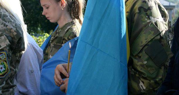 Більшість українців вже давно не згадують про війну, а між тим, військові помирають щодня