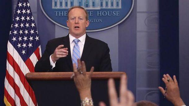 Шон Спайсер більше не речник Білого дому