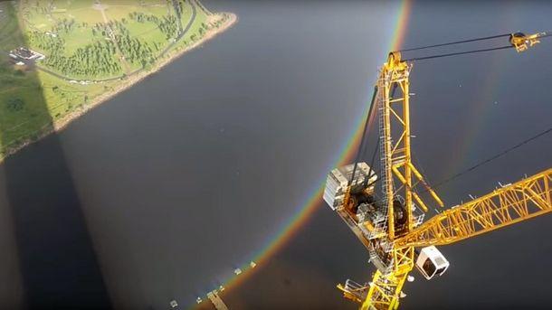 Редкое природное явление сняли строители в России