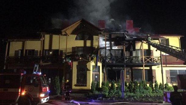 В Луцке горит гостиница