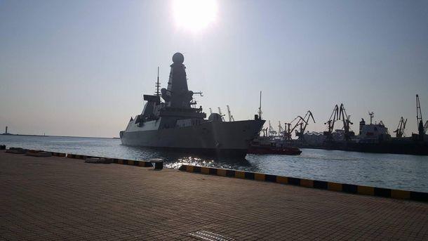 В Одесу прибули військові кораблі НАТО
