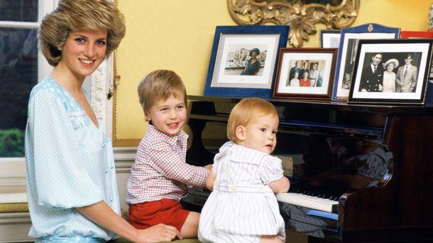 Принцеса Діана з синами принцами Вільямом та Гаррі
