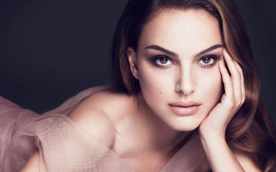 Витончена та сексуальна Наталі Портман знялась для кампейну Miss Dior